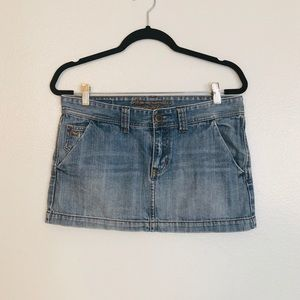 Abercrombie and Fitch Mini Jean Skirt in Size 6